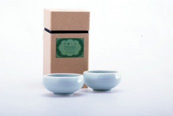 TRANQUIL-TUESDAYS-Celadon-Mini-Tea-Cups-490x328